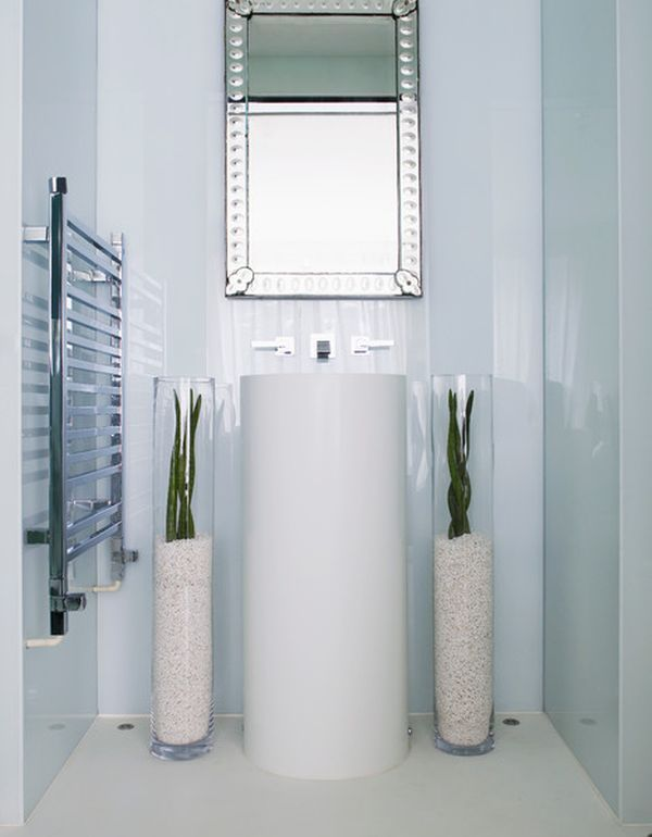Spruce Up Your Decor With Floor Vases 10 Beautiful Ideas Floor Vase Decor Floor Vase Kelly Hoppen Interiors