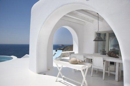 Una Terraza De Estilo Mediterráneo Puravidaresidencia