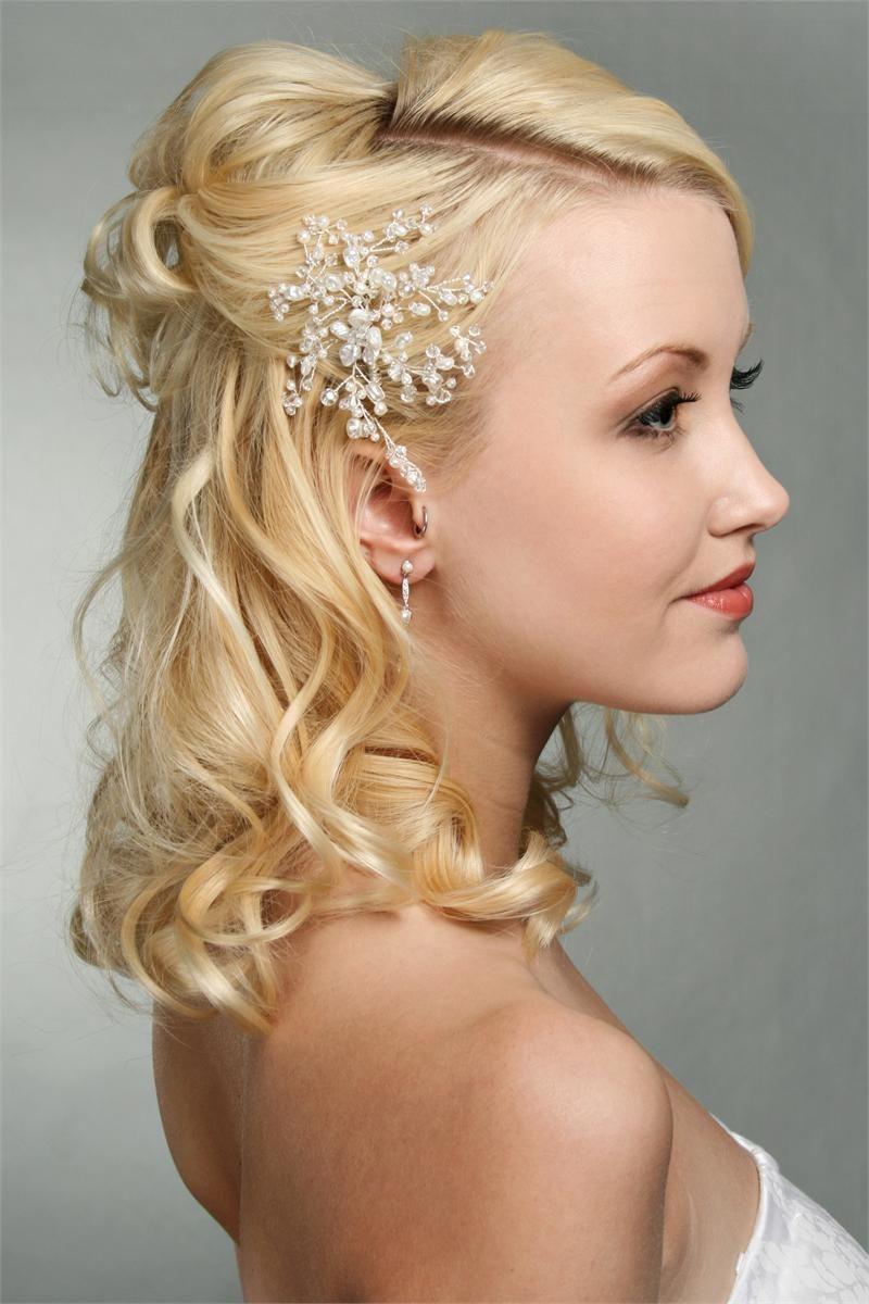 Elegant Crystal and Pearl Spray Comb This elegant ...