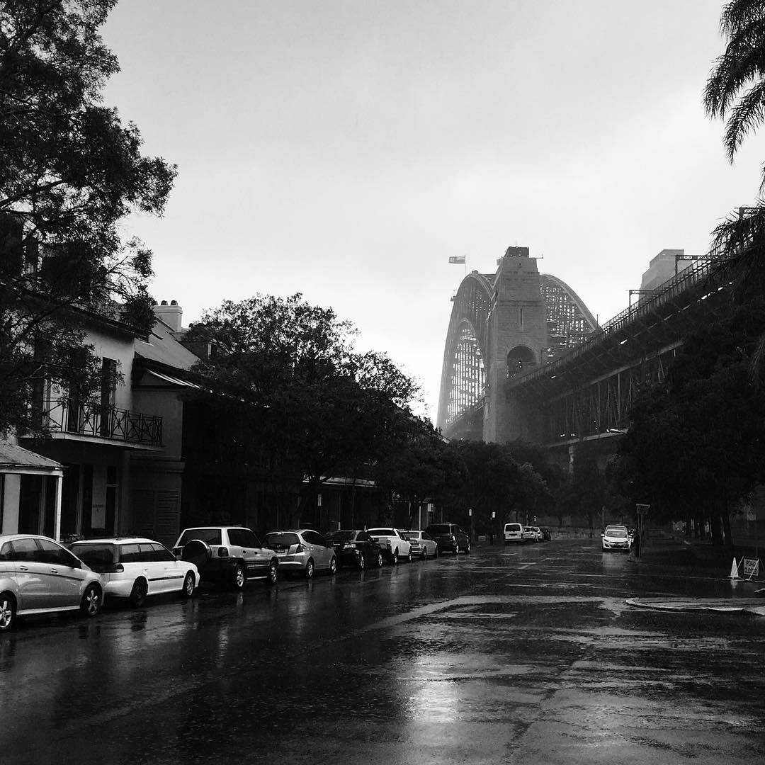 Sydney iPhone snaps on a rainy day.  #sydney #sydneyharbour #bridge #photography #iphonephotography #iphone #photgraphy #blackandwhitephotography #blackandwhite #rain #rainyday #travel #explore #urban #holiday #travelgram #sydneyharbourbridge #keys #goldcoastphotographer by patrick.coe http://ift.tt/1NRMbNv