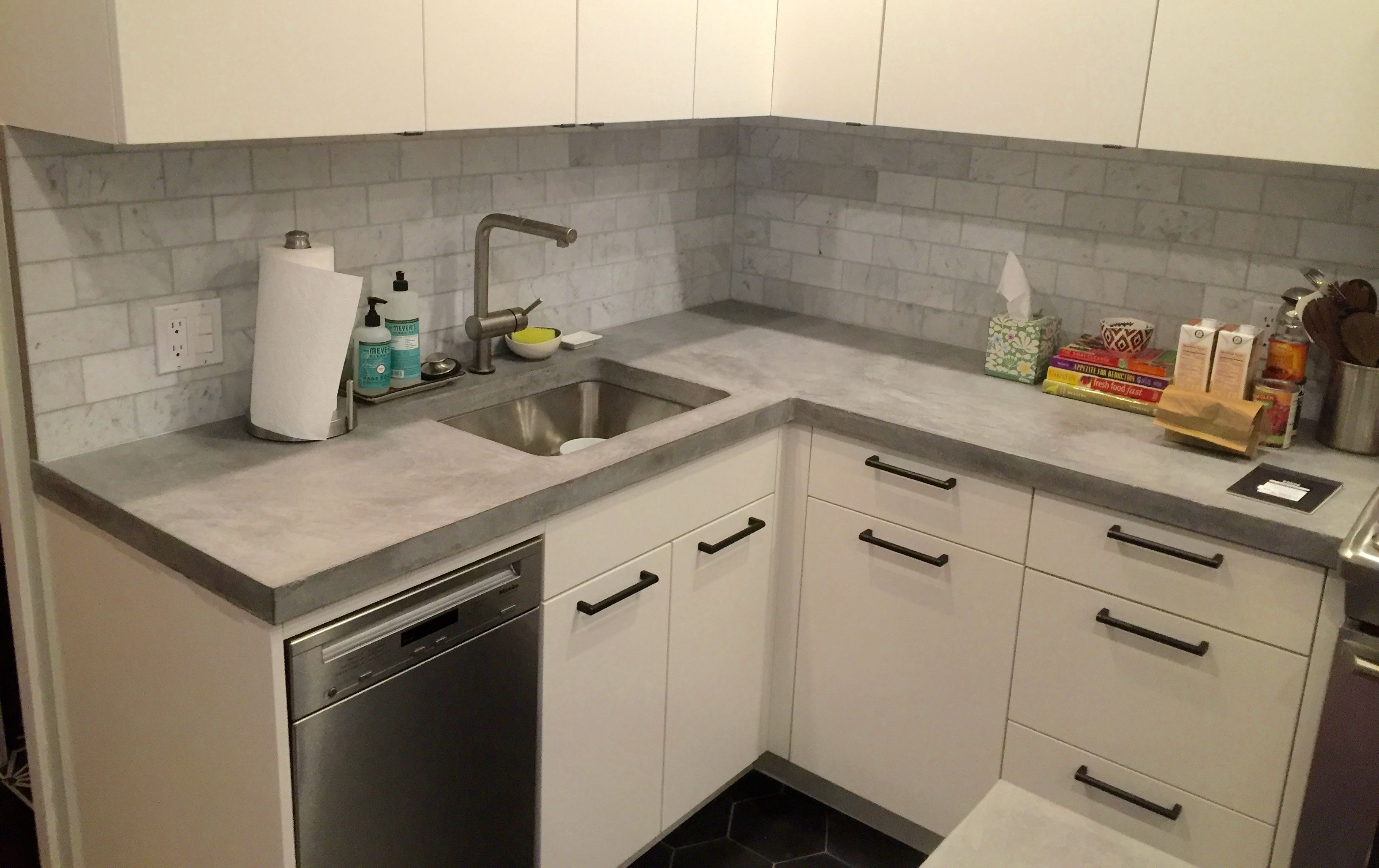 Cast In Place Concrete Countertops 1 5 Thick With Waterfall