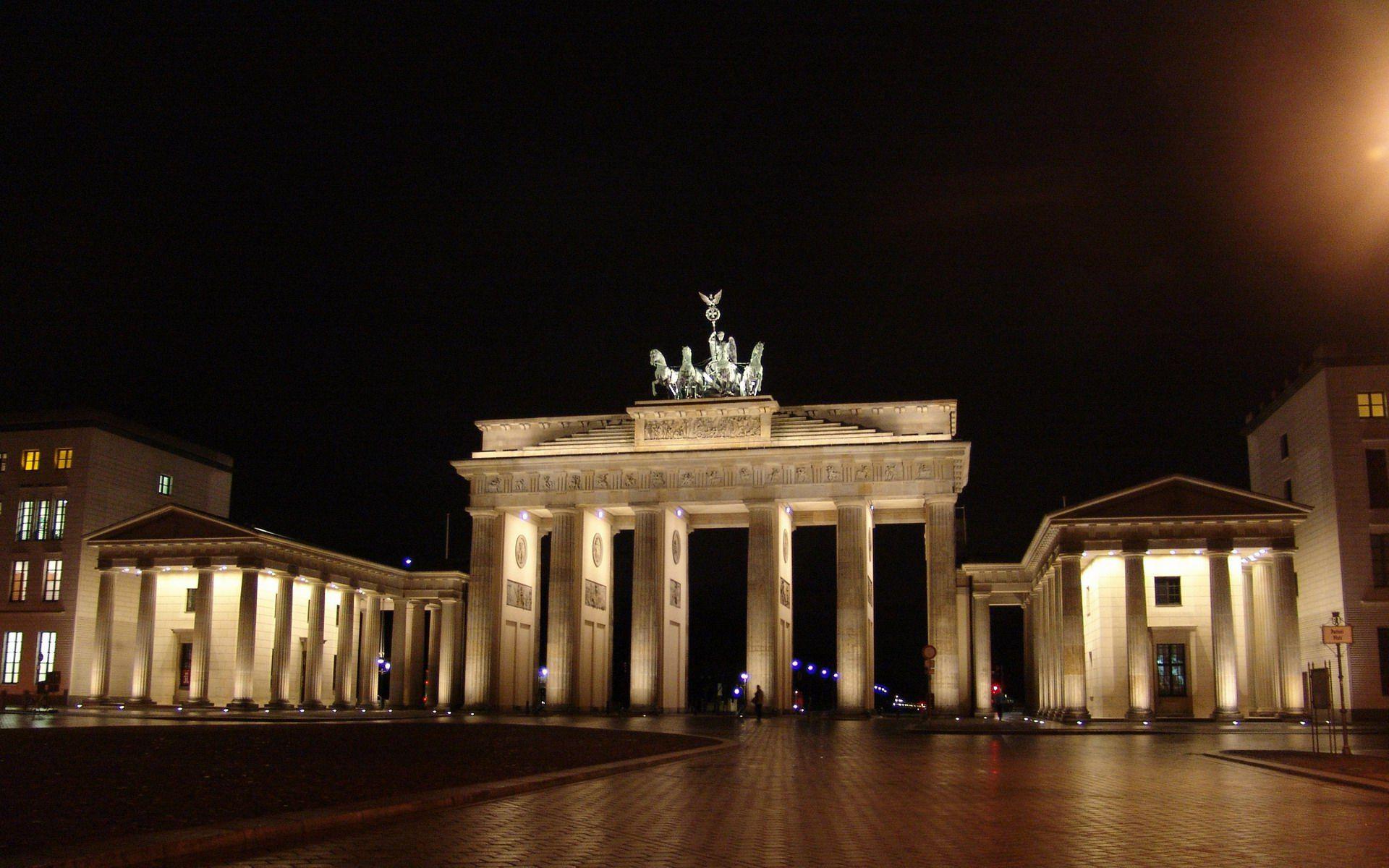 Brandenburg Gate Berlin Brandenburg Gate Berlin City Brandenburg
