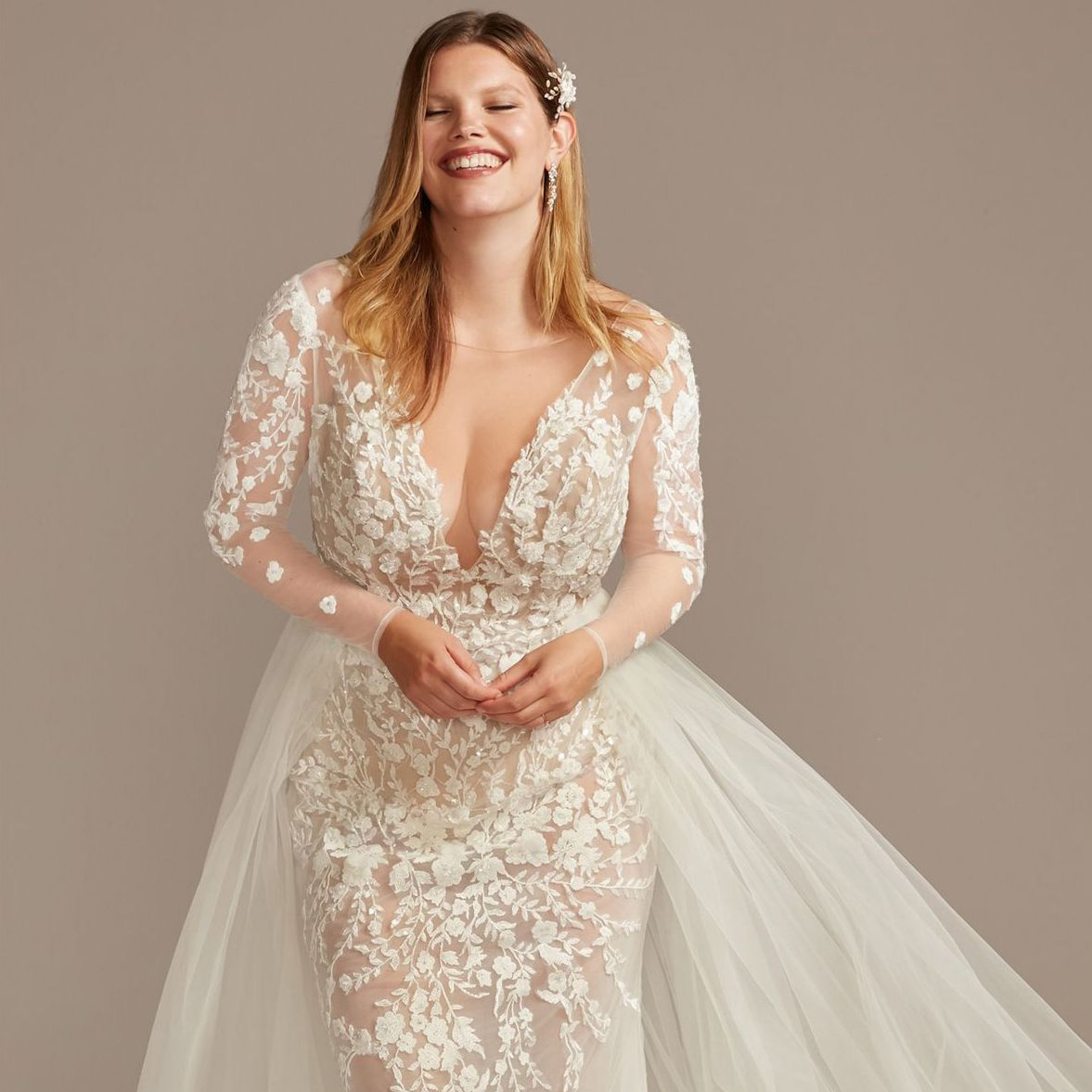 22 Plus Size Wedding Dresses To Flatter And Flaunt Your Curves In 2020 Full Figure Wedding Dress Wedding Dresses Uk Wedding Dresses Plus Size