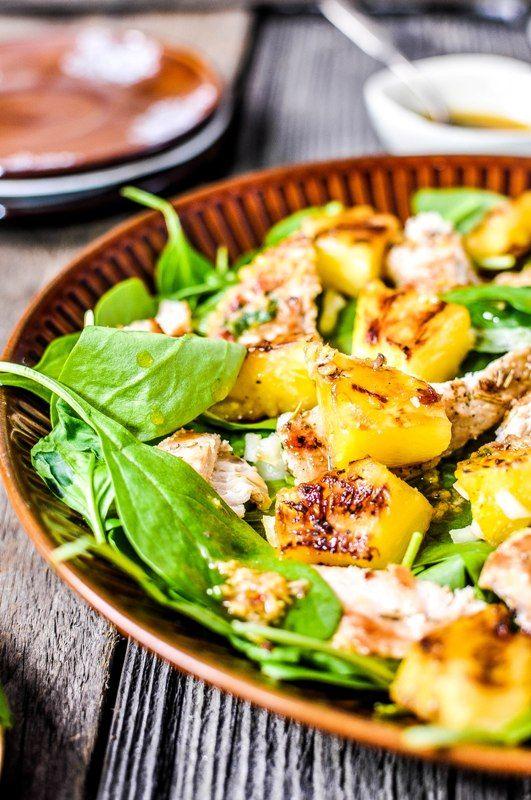 Pyszne Kadry Salatka Z Mlodym Szpinakiem Grillowanym Ananasem I