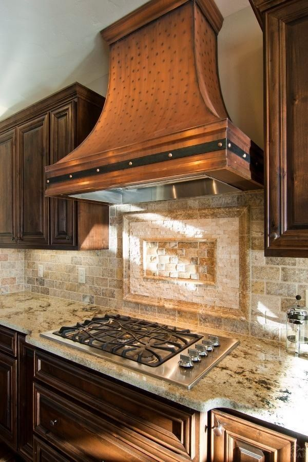 Looking For Rustic Kitchen Decor Ideas We Have Distressed Copper Range Hood To Fit Your Kitchen Sty Kitchen Design Decor Kitchen Design Small Kitchen Interior