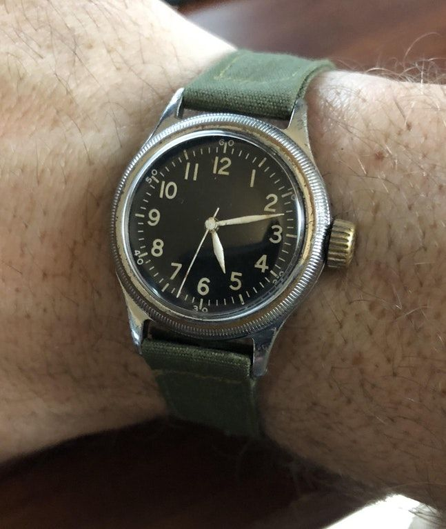 how to unclasp a bulova watch