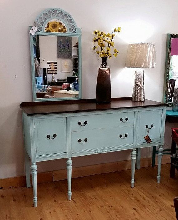 antique sideboard buffet table a federal style vintage. Black Bedroom Furniture Sets. Home Design Ideas