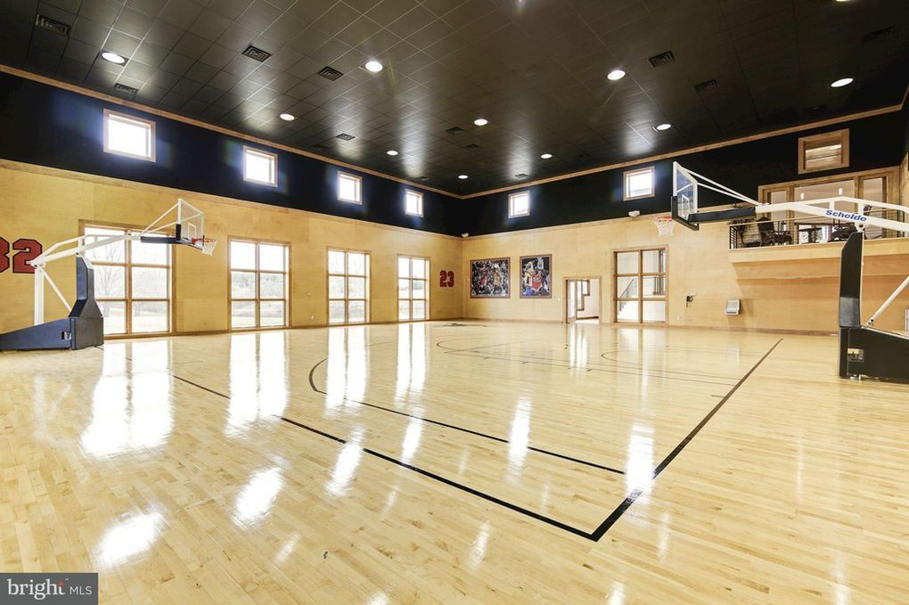 Martin Lawrence S Virginia Mansion Lands On The Market For 8 5m Home Basketball Court Indoor Basketball Court Basketball Workouts