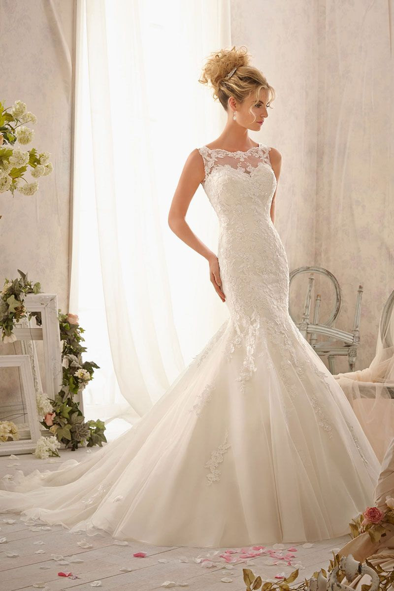 Perfect Blend Of Lace And Poof In The Right Place: Poof Bottom Wedding Dress At Websimilar.org