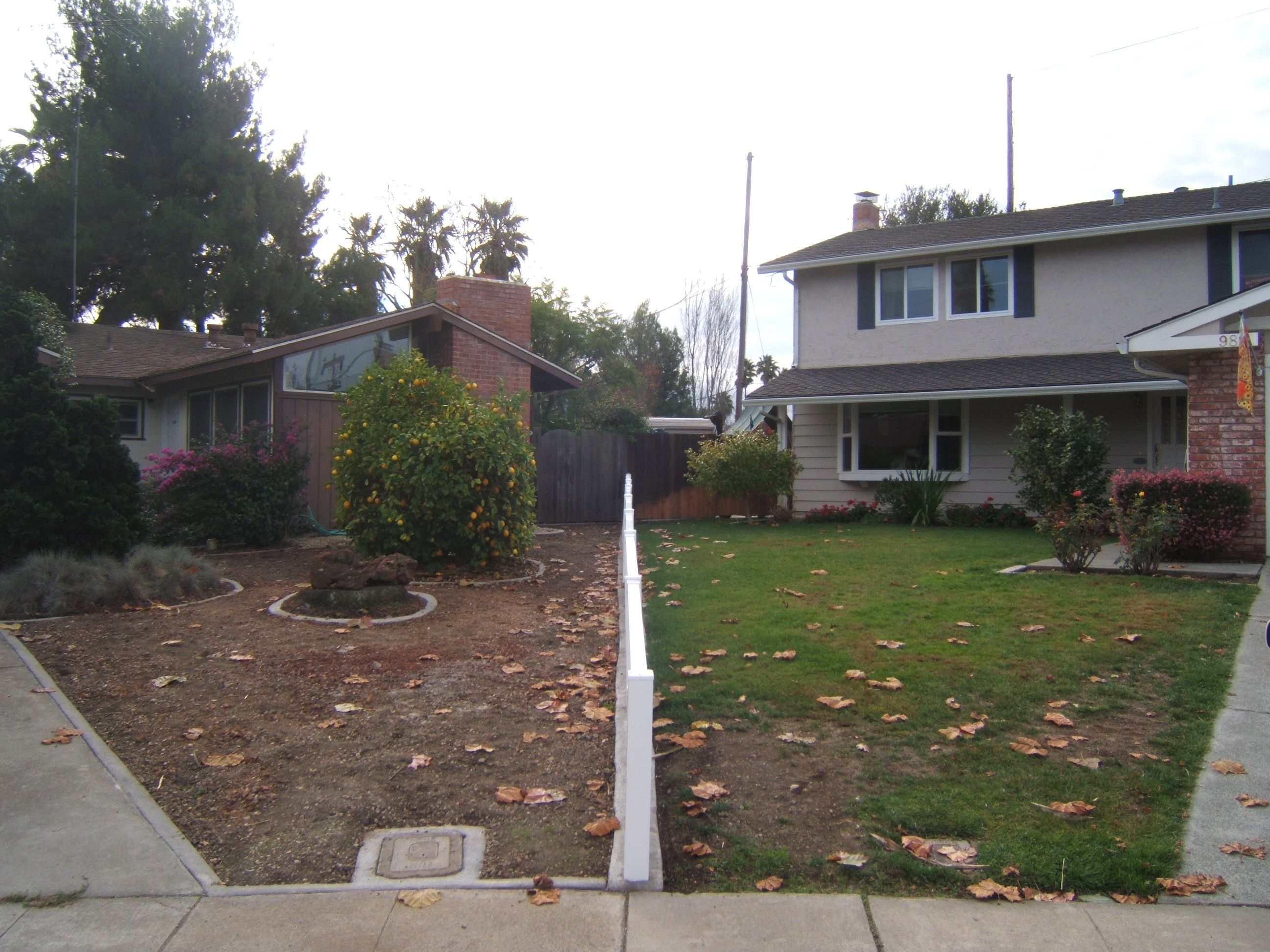 Take About Lawn Envy We Think The Neighbors Could Use An Easyturf Yard Too What Do You T Installing Synthetic Grass Artificial Grass Garden Turf Installation