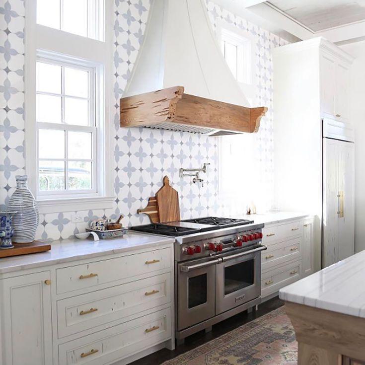 20 Unique Kitchen Backsplashes That Aren\u0027t Subway Tile Stunning