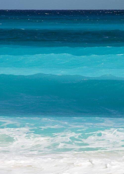 Blue, blue, blue ocean,color palette for bridesmaid dresses