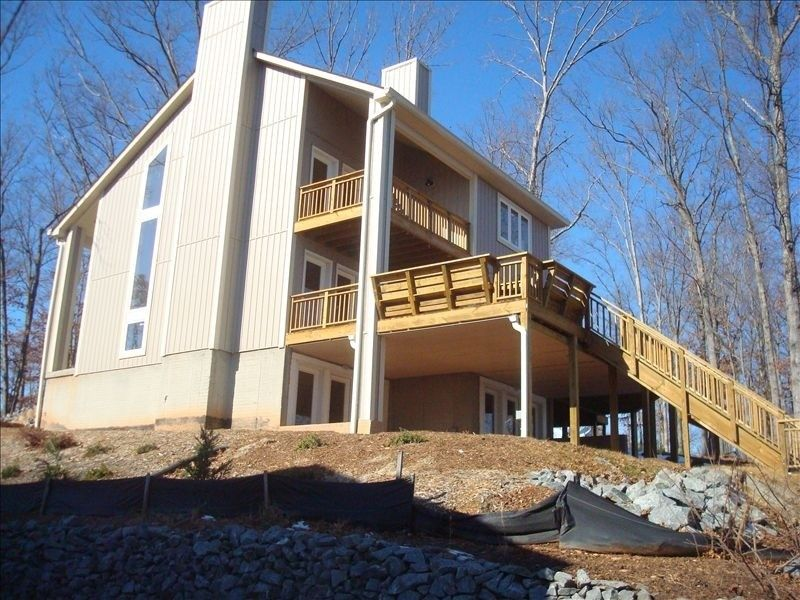 House vacation rental in lake anna from