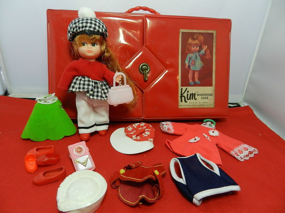 UNEEDA Doll KIM Wardrobe and DOLL Case and Accesories