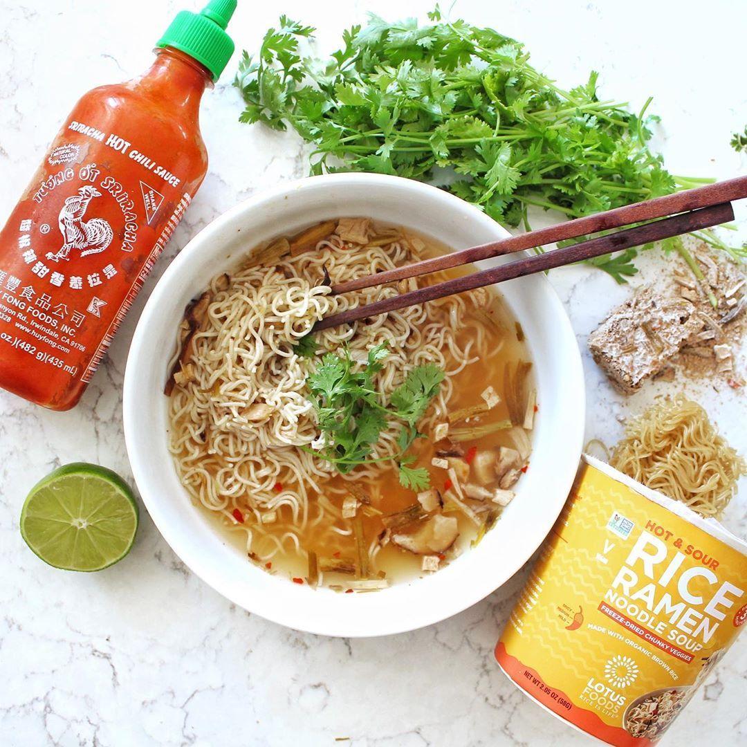 Hot sour rice ramen noodle soup in 2020 recipes