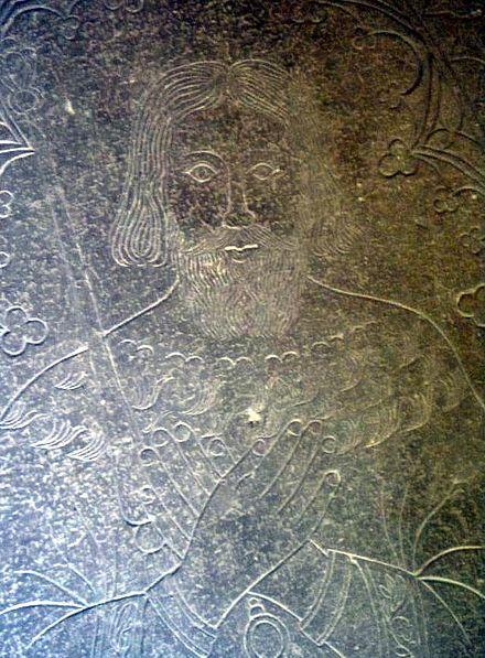 Eerik X Knuutinpoika – Eerik X Knuutinpoika (n. 1175 – 19. huhtikuuta 1216) oli Ruotsin kuningas vuosina 1208–1216. Hän oli Knuut Eerikinpojan ja tämän tuntemattoman vaimon poika. Eerik avioitui Tanskan prinsessan, Valdemar Suuren ja venäläisen prinsessan tyttären, Rikissan (Richissa) kanssa.