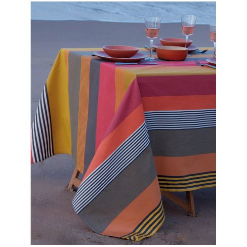Nappe estivale coloris mamounia de Tissage de Luz www.accord-decoration.com