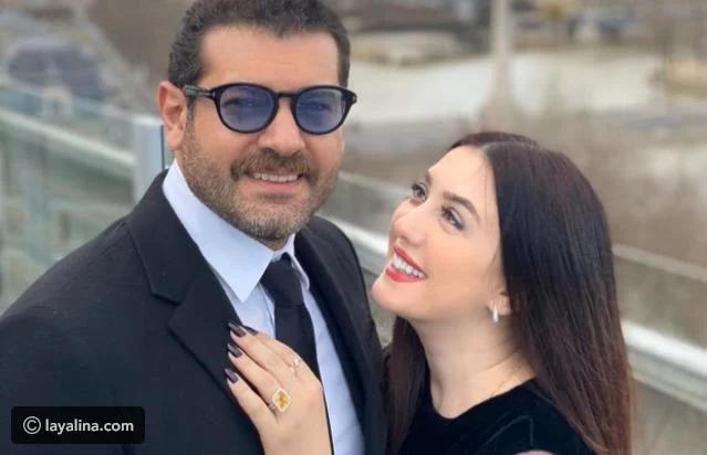 أشعل اختبار الزواج بين الفنان عمرو يوسف وزوجته الفنانة كندة علوش الأجواء خاصة مع إجاباتهما التي جاءت معظمها متطابقة الأمر ال Sunglasses Oval Sunglass Fashion