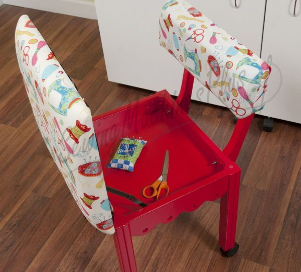 Pleasing Arrow Sewing Chair White Riley Blake Fabric On Red 7016W Theyellowbook Wood Chair Design Ideas Theyellowbookinfo