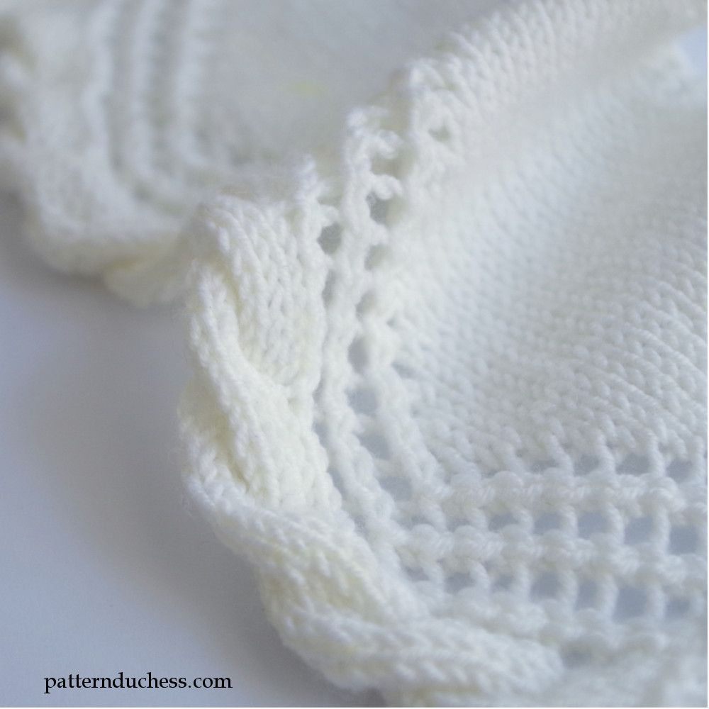 Knit Cable Edging With Twisted Trim And Lace   Cobija, Manta y Bonito