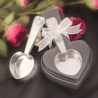 Heart Themed Coffee Scoop Wedding Favors