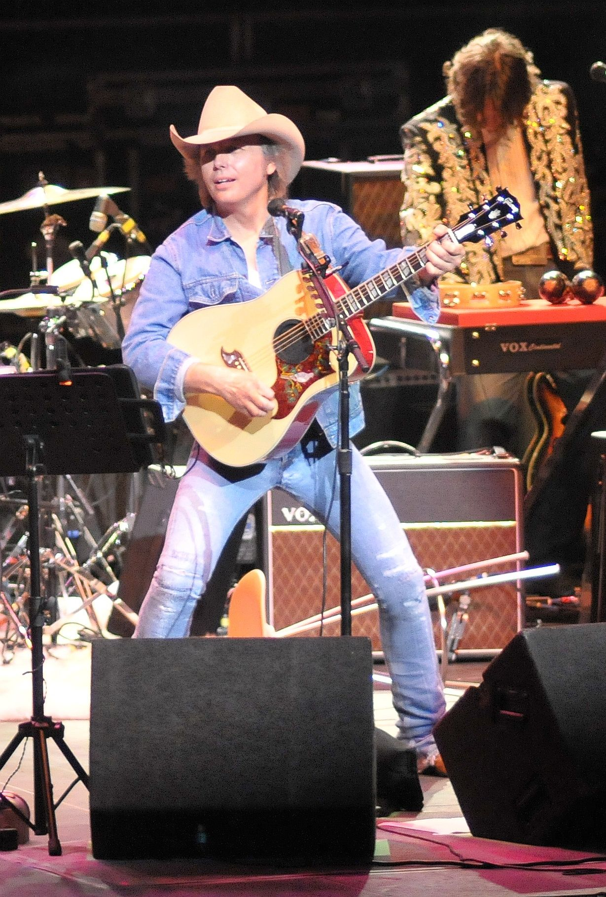 dwight yoakam free to go