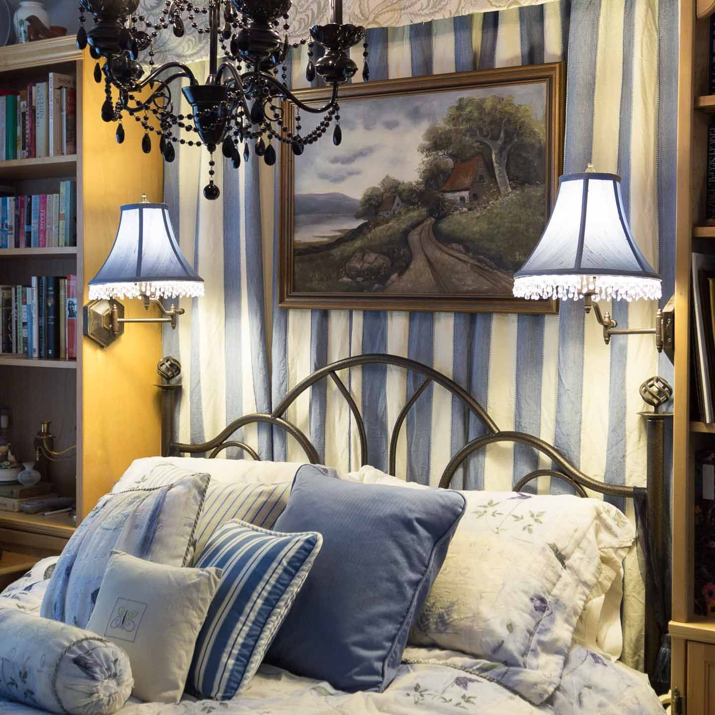 Space Saving Design Ideas For Small Bedrooms Design your
