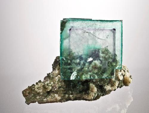Fluorite Origin: China