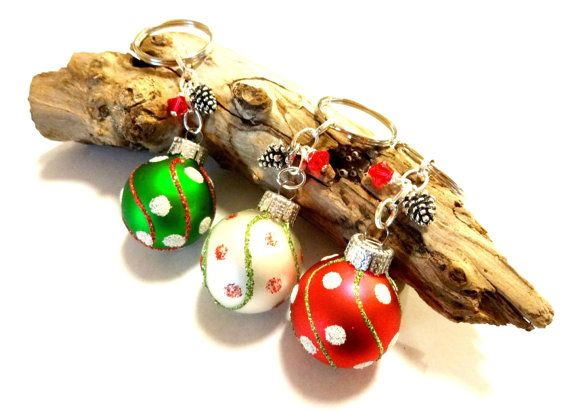 #ChristmasKeychain #NoveltyKeychain #OrnamentKeychain #ChristmasGift #StockingStuffer #CoWorkerGift #CarAccessories #CuteChristmasKeychain #ChristmasAccessories #Holidays #YoursTrulli