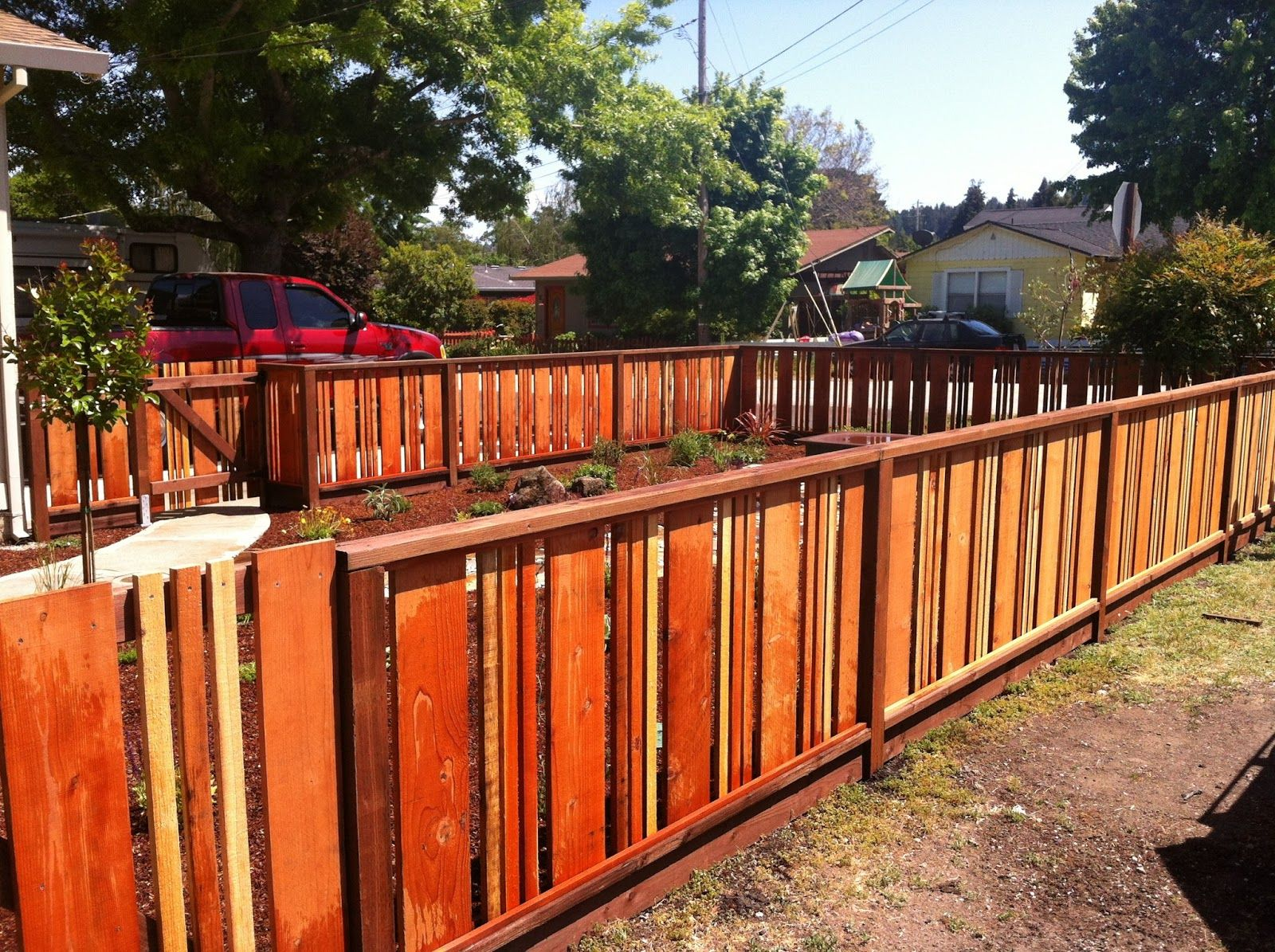 As a natural type of fencing the