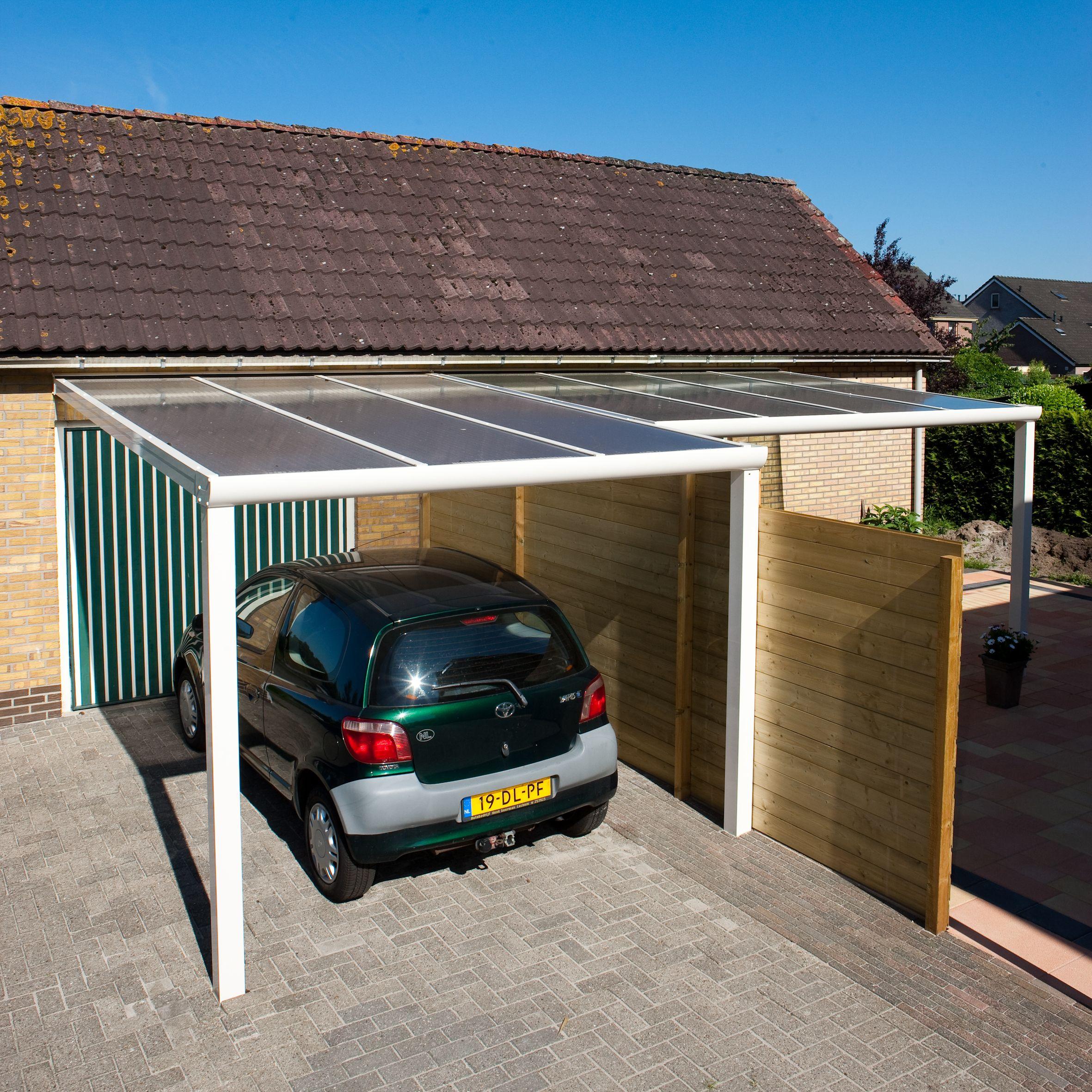 Hier is de aluminium veranda gebruikt voor zowel een terrasgedeelte ...