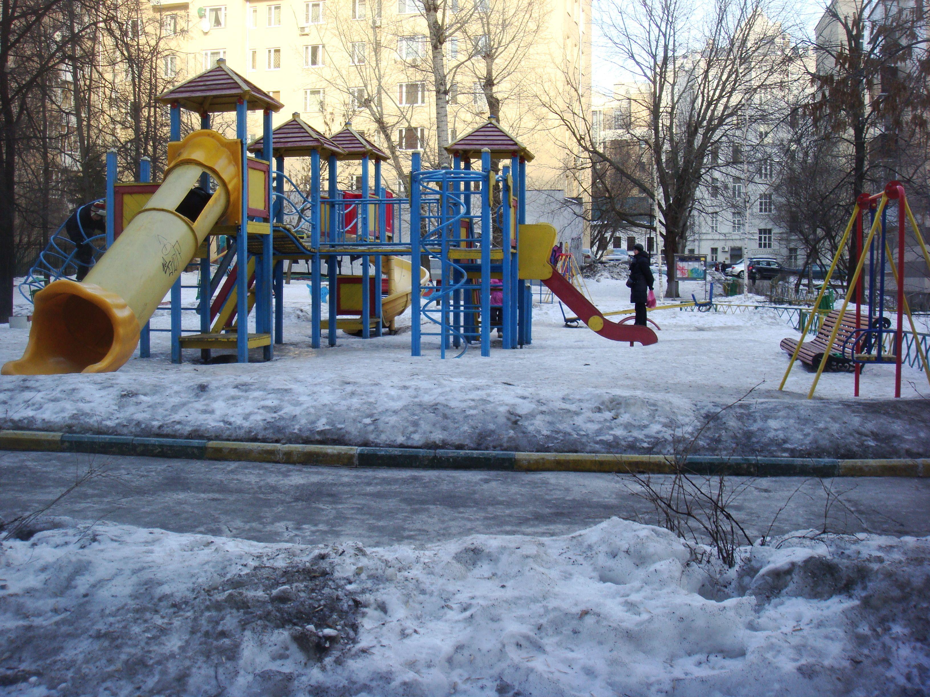Площадка в Староконюшенном