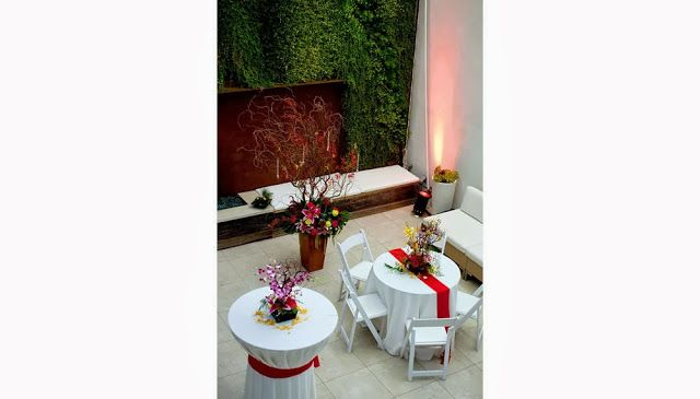 planos low cost: Fachada ecológica para un hotel / Ecological façade for a hotel