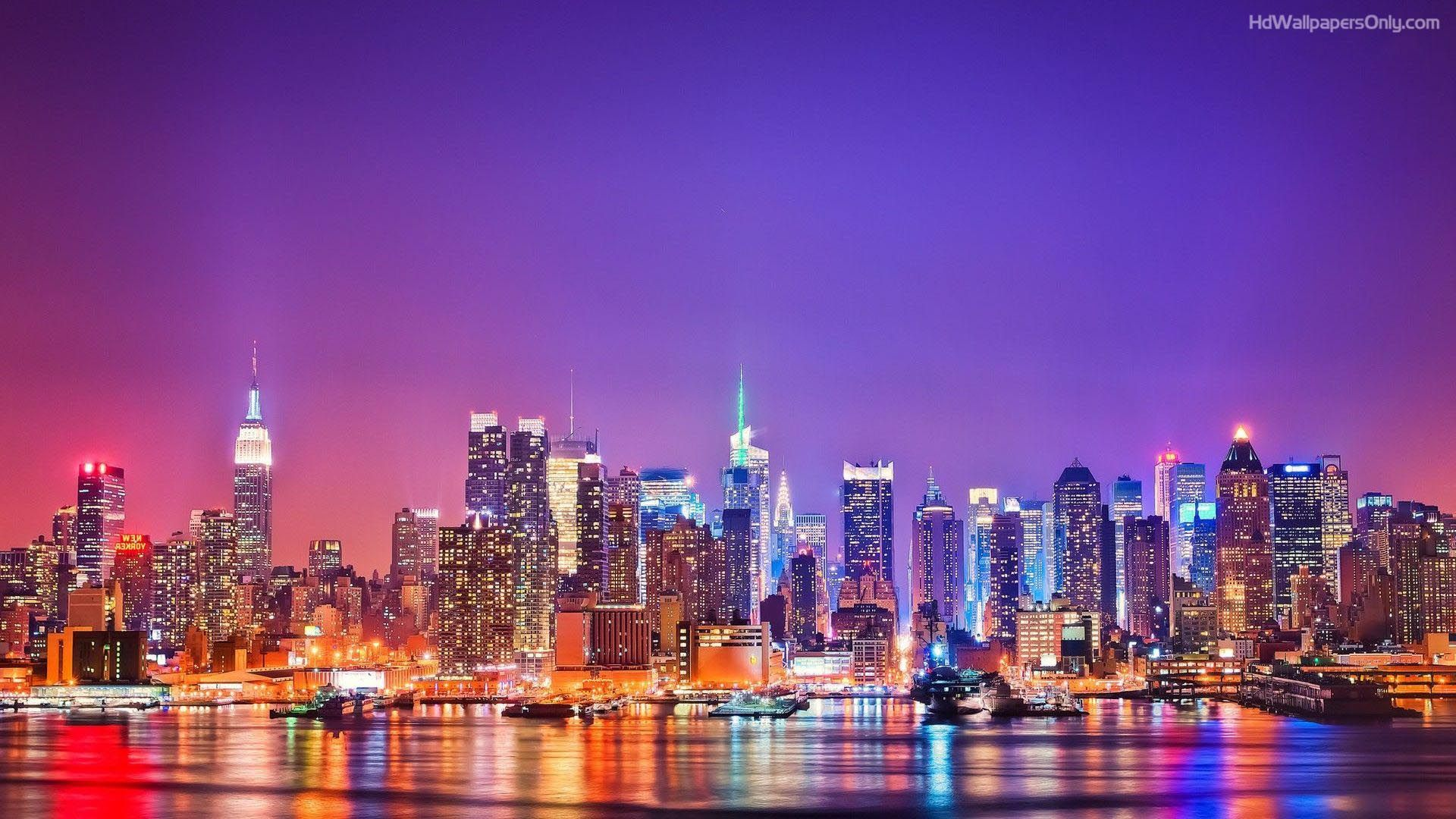 Read These 13 New York Centric Books To Transport You To The Big Apple Heart Of Glass Is A Love Letter To Nyc New York Travel Ny Skyline New York Night
