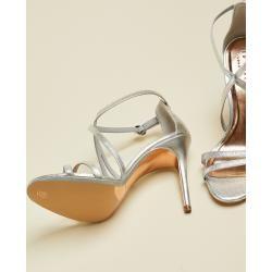 Photo of Reduzierte Sandalen für Frauen