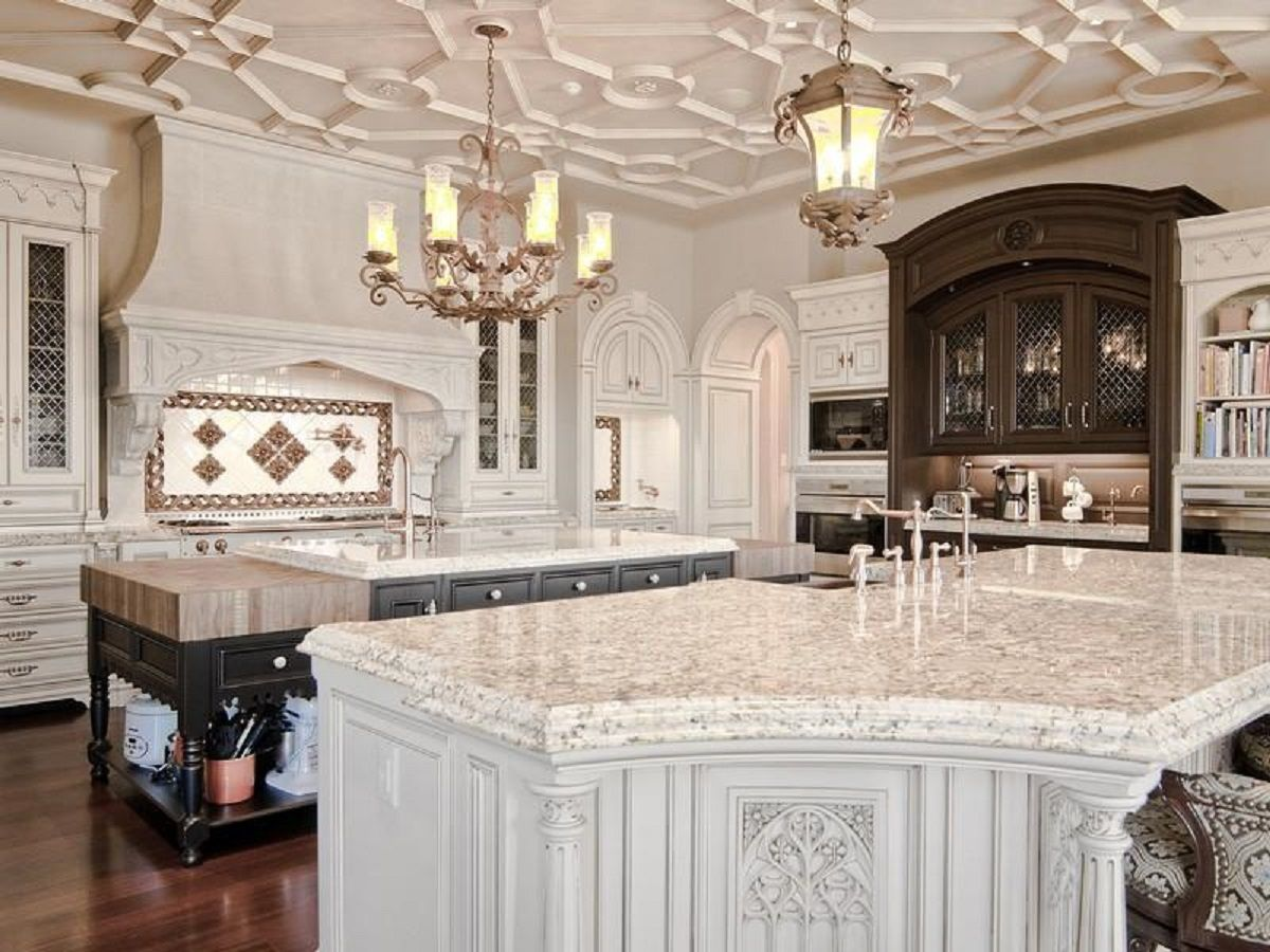 Kitchen island, Atkinson Estate, Lake St. Louis, Missouri ...