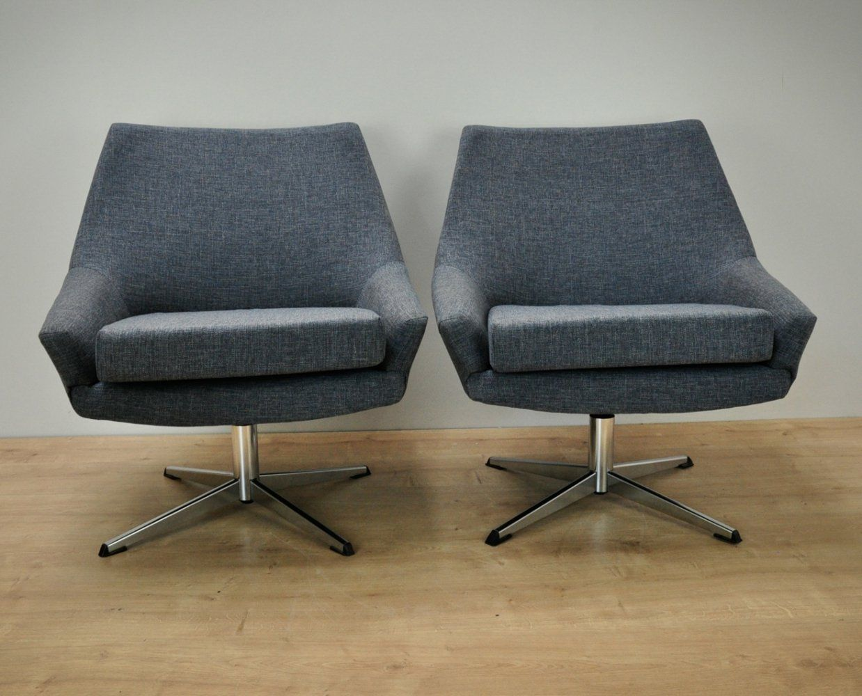 For sale: Pair of Swivel Armchairs 1960s
