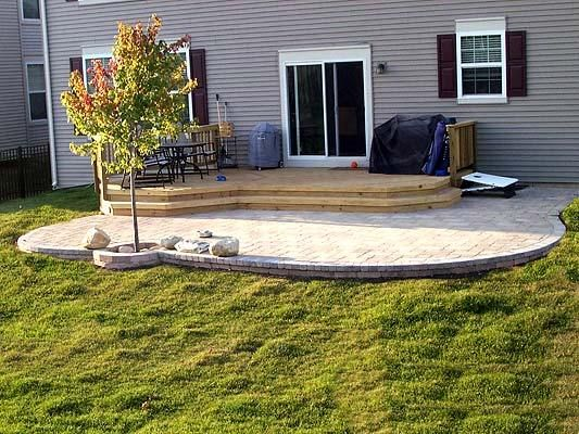 Paver Patio U0026 Deck Combination I Love That The Edge Is Round. No Deck Just  T He Patio