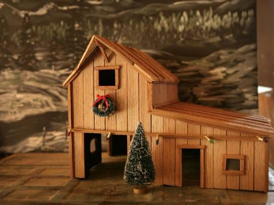 Father and daughter make tiny barns, toys from reclaimed wood   Dallas-Fort  Worth - Father And Daughter Make Tiny Barns, Toys From Reclaimed Wood