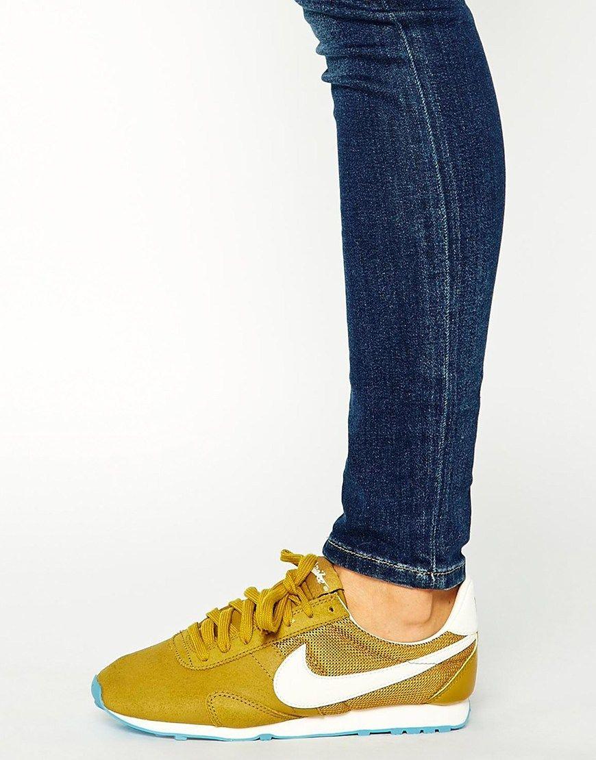 check out f9396 4c5f9 Imagen 4 de Zapatillas de deporte vintage color bronce Pre Montreal Racer  de Nike