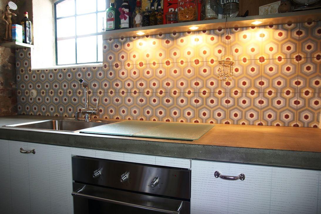 Nostalgie in der Küche. Diese MosaikZementfliesen sind