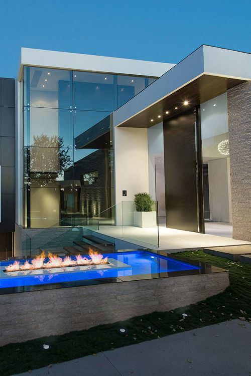 laurel way beverly hills by whipple russell architects huge glass windows modern mansion - Huge Modern Houses
