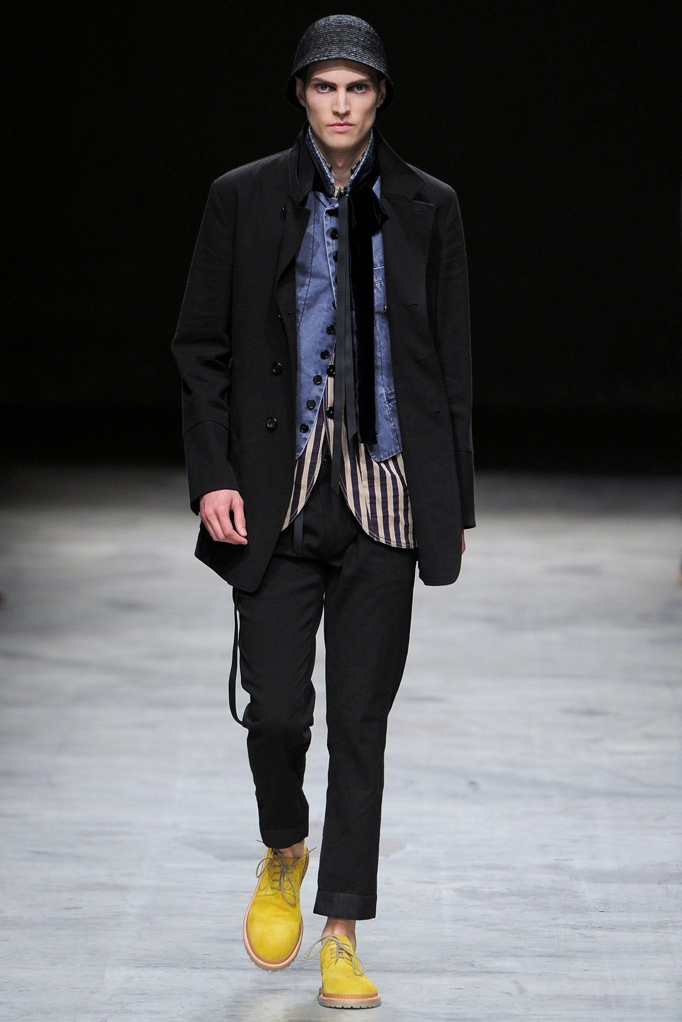 Ann Demeulemeester Spring 2014 Menswear Collection Photos - Vogue