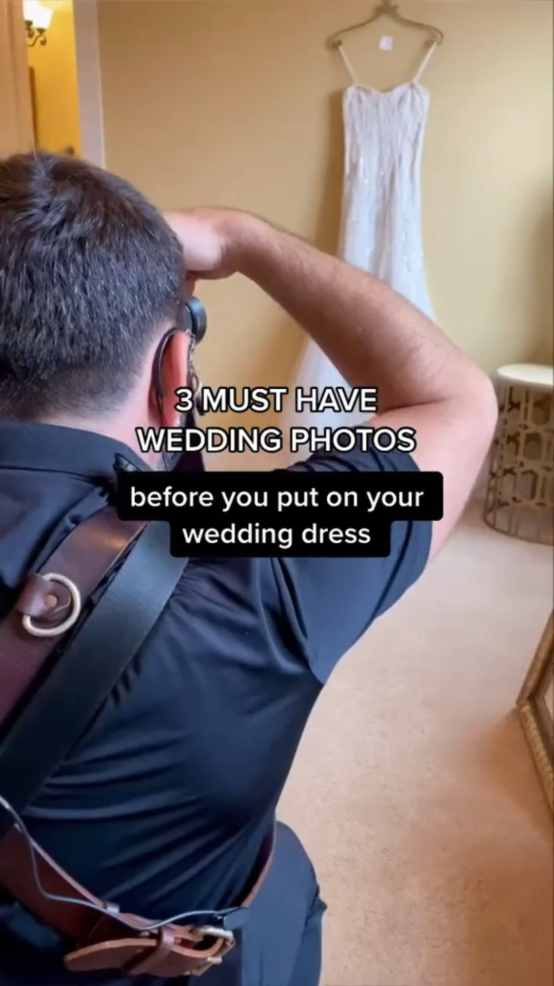 Must have wedding photos on your wedding.