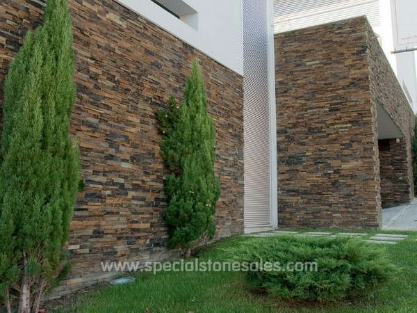Rusty slate exterior stone wall cladding slate stone venner pinterest wall cladding stone for Exterior stone cladding panels
