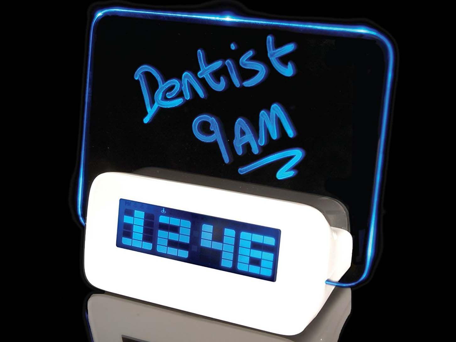 Wekker Met Licht : Scribble clock a wishlist pinterest clocks alarm clocks and room