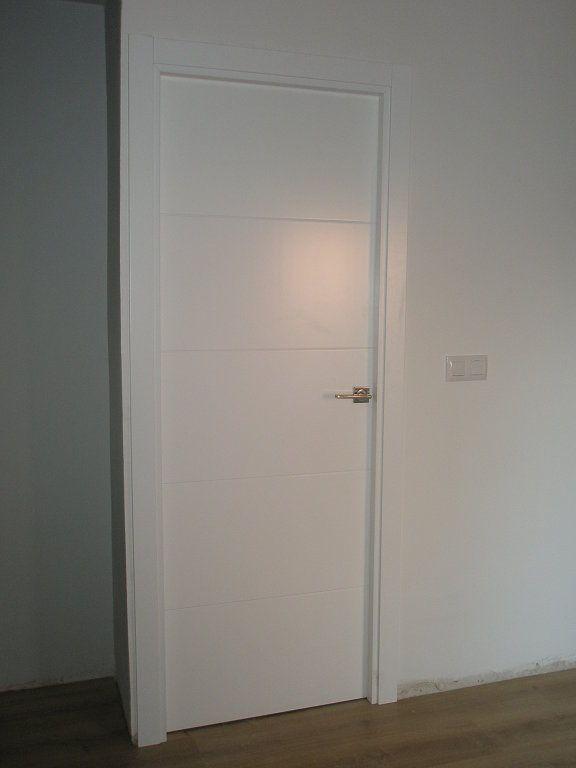 Ba o puertas blanca buscar con google dise os arquitectonicos pinterest interiors - Puertas piso interior ...