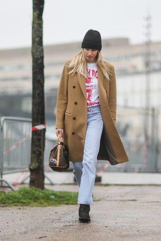 6 basiques mode que toutes les femmes doivent avoir dans leur dressing