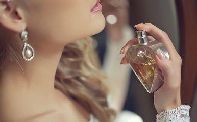 香水選びでモテor非モテが決まる!? あなたのタイプ別、モテ香水を紹介!