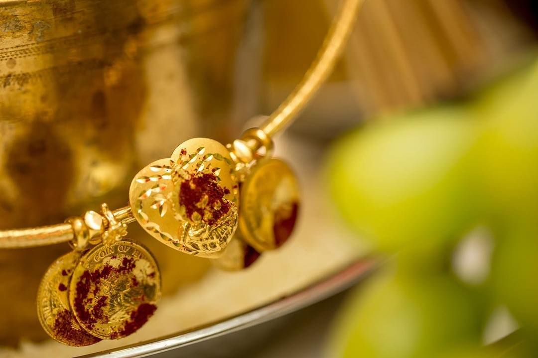 Meaning Of Thaali In Tamil Or Mangalyam Or Mangala Sutra In Sanskrit Amon Gold Mangalsutra Designs Gold Necklace Designs Toronto Wedding Photographer